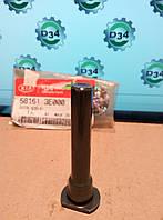 Втулка направляющая тормозного суппорта SORENTO 02-06 Kia 58161-3E000
