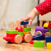 Детские игрушки из дерева
