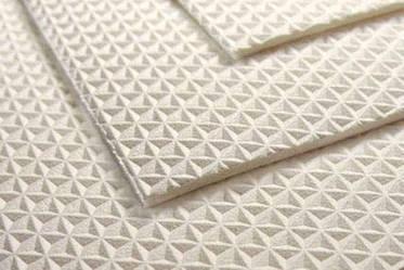 Полимерный материал ЭВА (этиленвинилацетат).