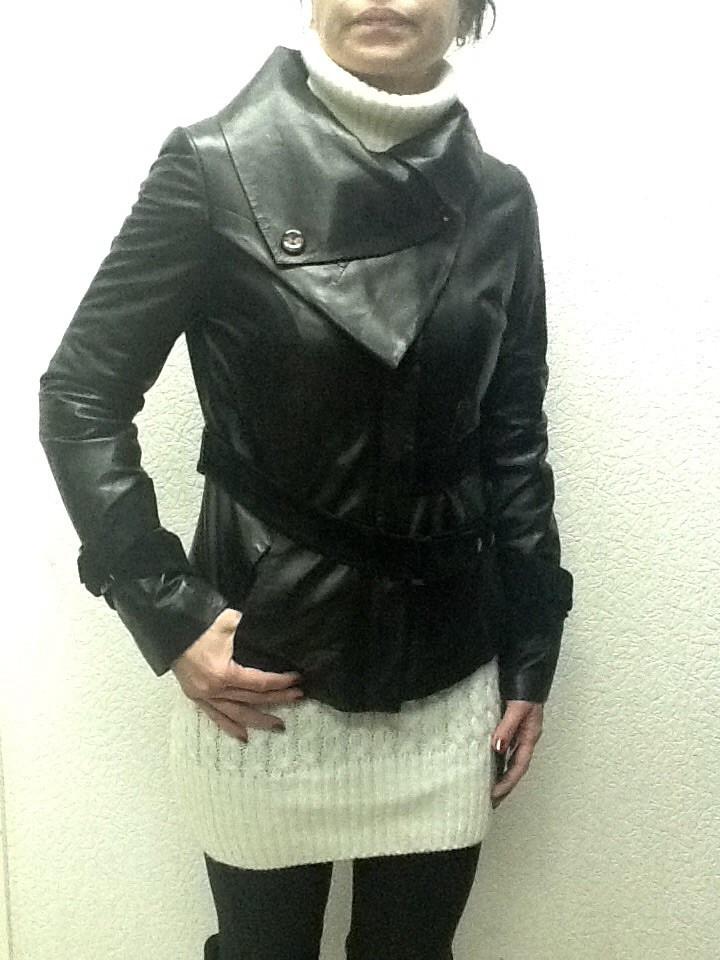Куртка кожаная женская черная тонкая на молнии