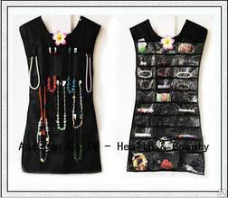 Органайзер для украшений.Маленькое черное платье.