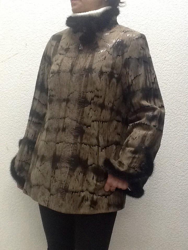 Куртка кожаная женская на молнии с норкой