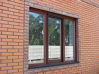 Окна из клеенного деревянного евробруса с противомоскитной сеткой