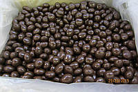 Драже вишня в шоколаде