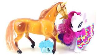 Поні і конячки