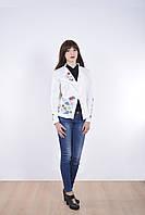 Классический женский пиджак с оригинальным воротником и вышивкой