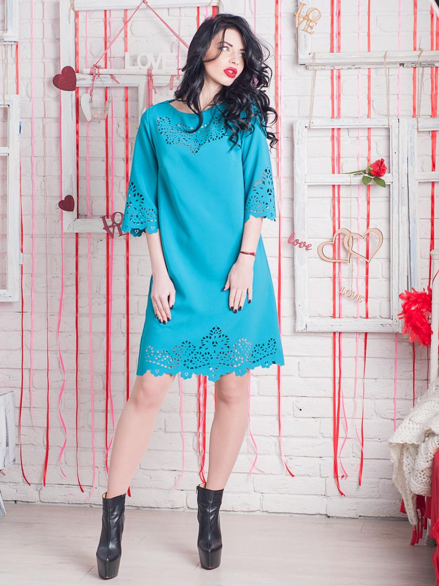 Нарядное бирюзовое платье с перфорацией 44