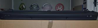 Бампер задний (центральный под парктроник и барашек) на Renault Trafic 2006-> Renault (Оригинал) - 7701066122
