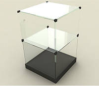 Стеклянная витрина - куб