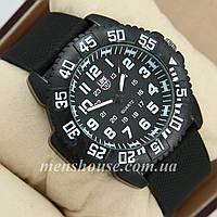 Бюджетные часы Luminox 3051 Black/White