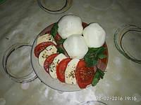 МОЦАРЕЛЛА плавленная- от Ольги+салат Капрезе.