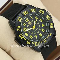 Бюджетные часы Luminox 3051 Black/Yelloy