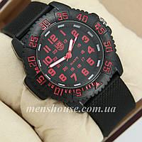 Бюджетные часы Luminox 3051 Black/Red