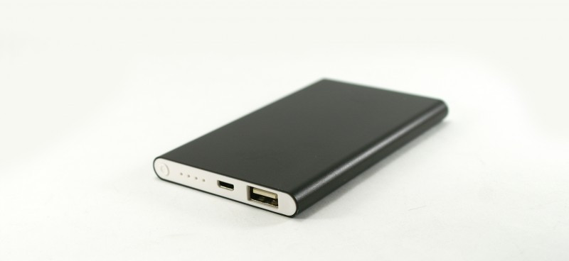 Тонкий Power Bank 10400 mAh