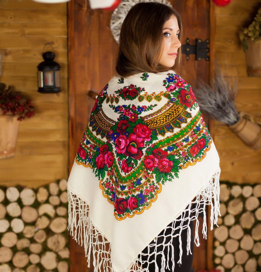 Белый платок для девушек с люрексом (125х125см,белый), люрекс.