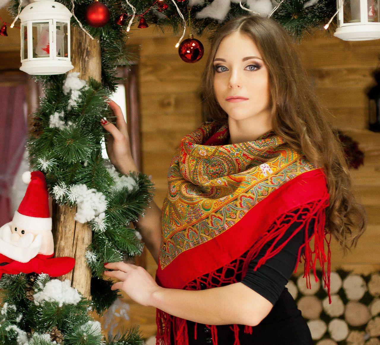 Модна українська червона хустина для дівчини (100х100см,червоний)