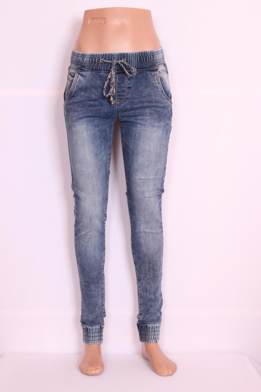Женские джинсы на резинке 1шт.26р.350грн.последний.