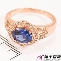 Кольцо позолота ''Овальный камень'' (вдоль) в оправе мелких камней на широком кольце (перстень)