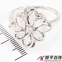 Кольцо родиум Мет. цветок - узкие камни