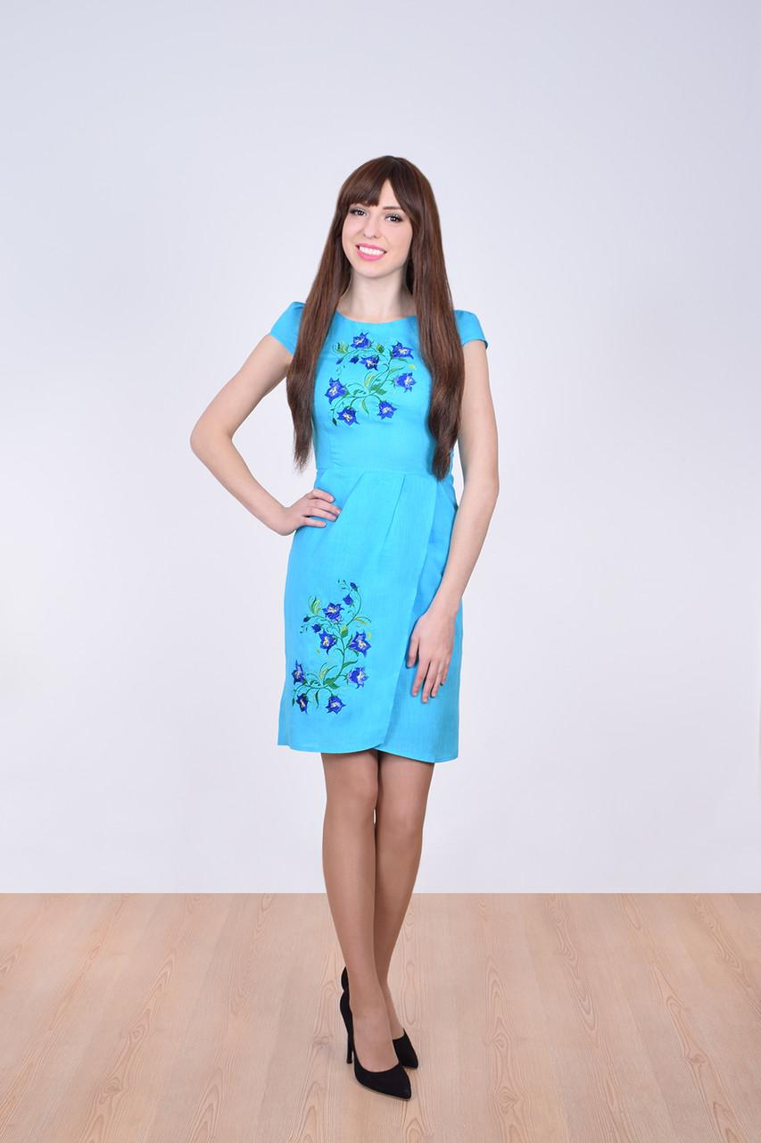 Яркое праздничное платье вышиванка декорированое вышитыми гладью колокольчиками