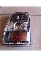 Задний фонарь на Mitsubishi Pajero 4