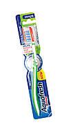 Зубная щетка Aquafresh Для зубов и языка, с эффектом зубной нитки, средняя