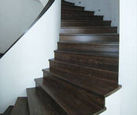 Ступеньки для лестниц из дерева разных пород