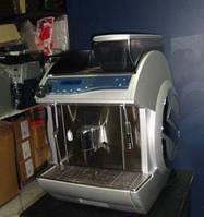 Кофеавтомат Saeco Idea c капучинатором