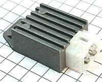 Реле-регулятор напряжения (4 контакта квадратом)