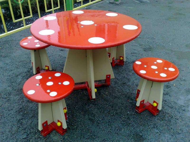 "Комплект (Стол и стулья) ""Мухомор"""