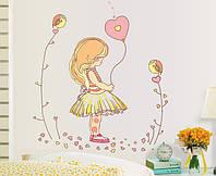Интерьерная наклейка на стену Девочка с шариком (mAY7084)