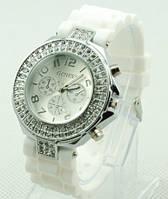 Годинник жіночий зі стразами Geneva Crystal Білий / Часы наручные женские со стразами Женева Кристал Белые