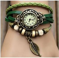Часы-браслет с подвеской листик зеленые