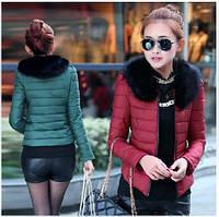 Стильная короткая куртка с мехом.  #7