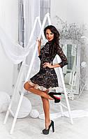Стильное короткое платье с  пышными  фатиновыми  воланами