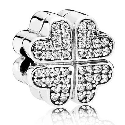 Клипса из серебра «Лепестки любви»