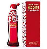 Moschino Chic Petals 100 мл жіноча парфумована вода (женская парфюмерная вода) (Реплика)