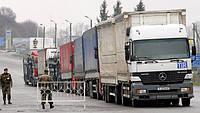 Украина утвердила порядок временного транзита российских грузовиков