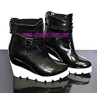 Стильные кожаные ботинки на белой платформе. Зимний вариант, фото 1
