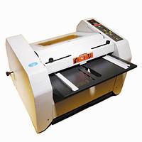 Буклетмейкер Booklet Mac – полуавтомвтический степлер-фальцовщик, скрепление 2-15 листов.
