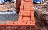 Кладка стен из рядового кирпича при толщине 510 мм