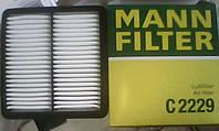 Фильтр воздушный Mann C2229: CHEVROLET  LANOS седан,   DAEWOO  LANOS (KLAT),  NEXIA седан, ZAZ  LANOS, SENS