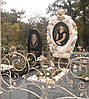 Памятник элитный из мрамора с розами