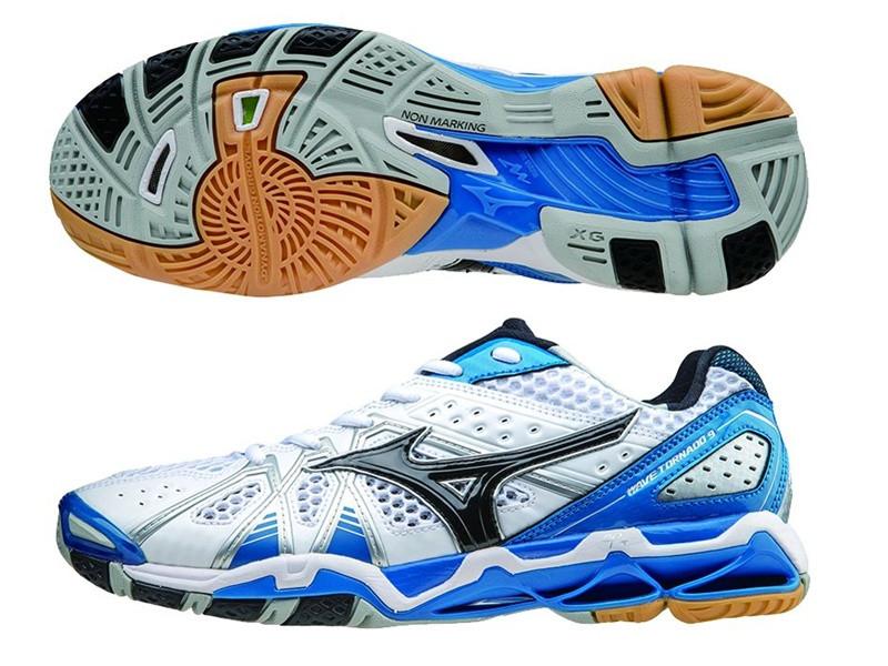 Кроссовки волейбольные MIZUNO WAVE TORNADO 9 V1GA1412-10 AW-15