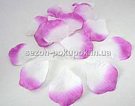 Лепестки роз искусственные (упаковка 100 шт) Цвет - фуксия с белой серединкой