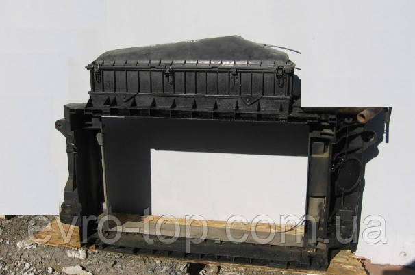 Диффузор радиатора б/у на Mercedes-Benz 609 4.0D год 1986-1994