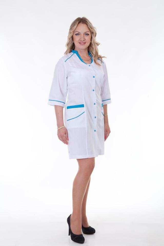 Стильный молодежный медицинский халат с яркими вставками на карманах