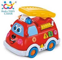 Игрушка Huile Toys Пожарная машинка со световыми и звуковыми эффектами (526)