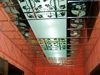 Зеркальный подвесной потолок с рисунком на зеркале Зеркальный подвесной потолок- под заказ