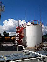 Резервуар вертикальный стальной цилиндрический с шахтной лестницей РВС - 400 кубических метров , для хранения